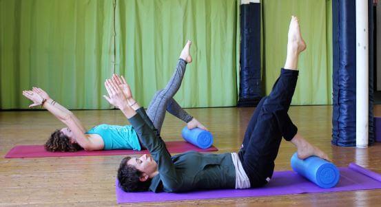 Démo Pilates pour débutants par Magali et sa sœur