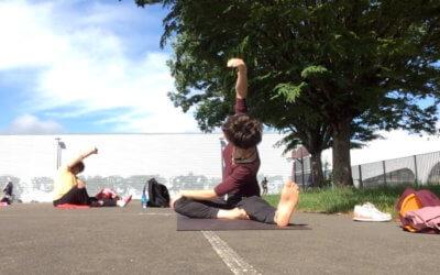 Vidéo : Court de stretching Yoga en plein air avec Magali